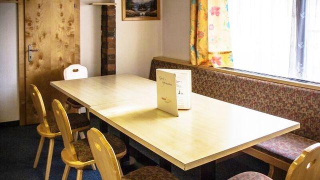 Ferienwohnung für 4-10 Personen (all-inclusive alkoholfrei) im Nebenhaus vom Hotel Stefan