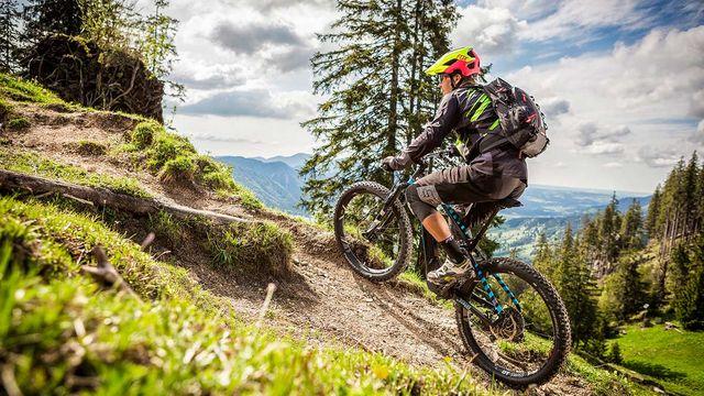 (E-)Mountainbiken im Herbst - Kinder unter 10 Jahren im Familienzimmer gratis