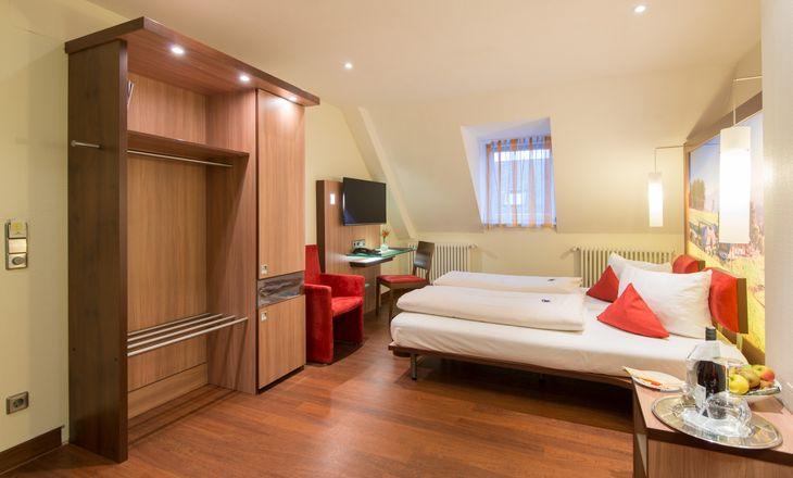 Deluxe double room 3/4