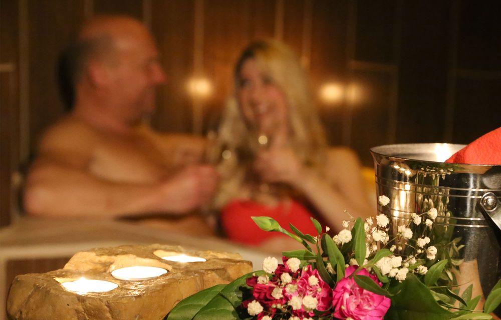 """Partner-Wellness """"zu Zweit allein"""" mit Romantikarrangement"""