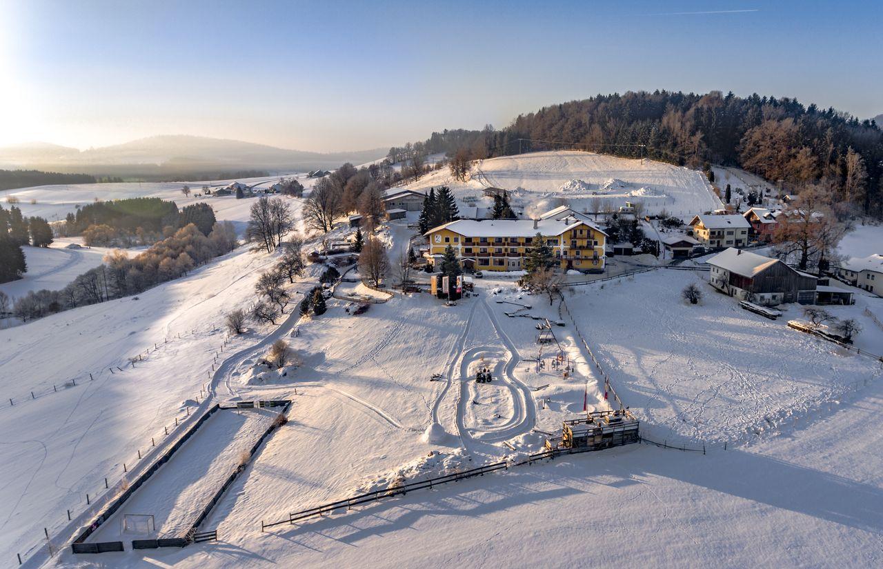 winter_landhaus_zur_ohe_hotelansicht.jpg
