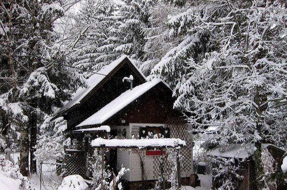 Winter, Romantik Hütte in Patergassen, Kärnten, Carinthia , Austria