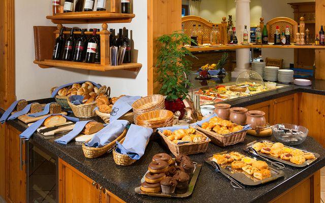 Familienhotel_Bauernhof-Hotel_Oberkarteis_Restaurant.jpg
