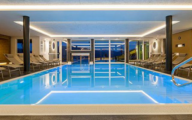 IMP_Familienhotel_Alpenhof_Indoorpool.jpg