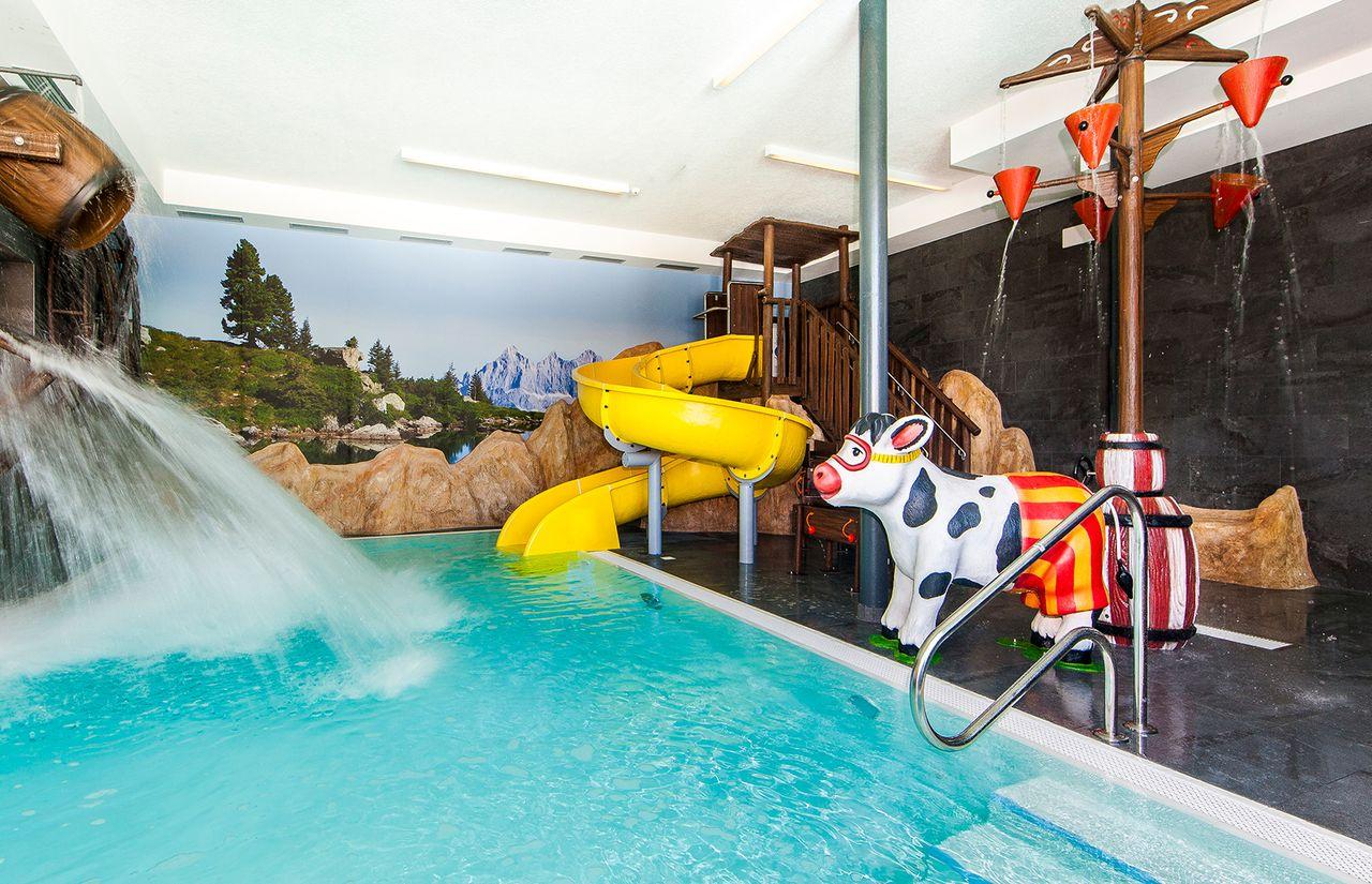 IMP_Familienhotel_Alpenhof_Kinderpool.jpg