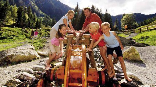 Unvergessliche Tage und wohlverdiente Erholung im Urlaub im Familotel Lengauer Hof genießen.