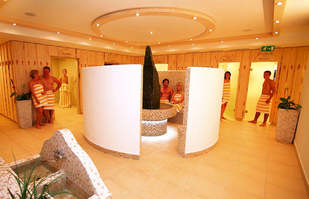 Familienhotel_Familien_Resort_Petschnighof_Sauna.jpg