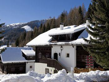 """Almdorf Großwild - """"GIPFEL"""" - Kärnten - Österreich"""