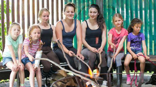 Die schönsten Ferienerlebnisse mit der Familie im Familotel Ferienhof Laurenz erleben.