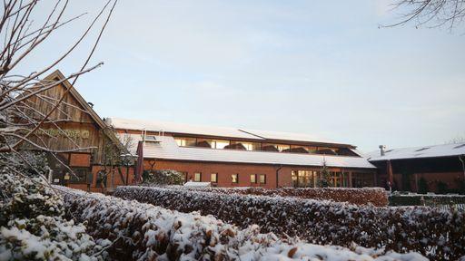 Ihren Winterurlaub mit der Familie im Familotel Ferienhof Laurenz verbringen!
