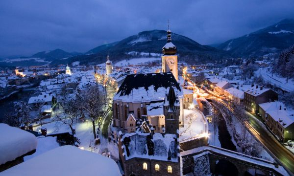Weihnachtszauber im Schloss