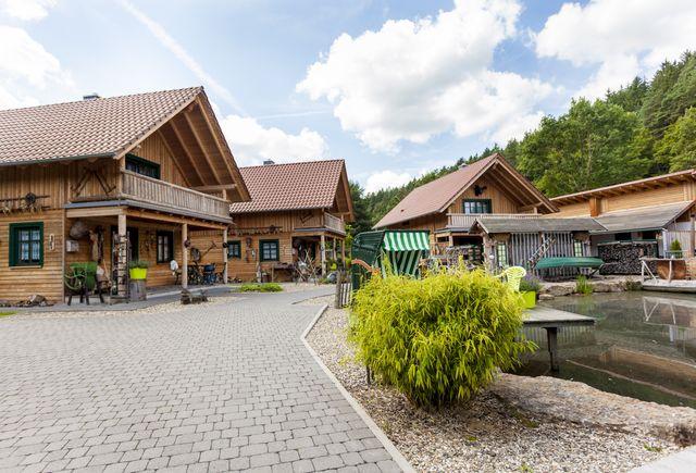 Hessenmühle in Großenlüder-Kleinlüder: Exklusives Holzhaus  (Last Minute)