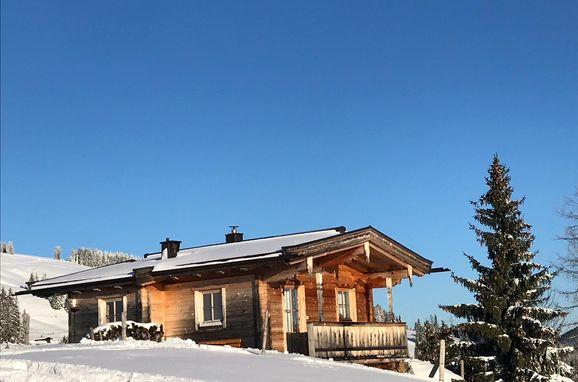 Winter, Wieshütte in Brixen i. Thale, Tirol, Tirol, Österreich