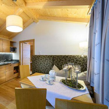 Wohnbereich und Küche, Chalet Schiederhof in Großarl, Salzburg, Salzburg, Österreich