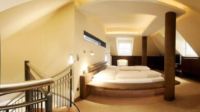 Sonnenbogen Turmsuite | 80 m² - 3 Raum