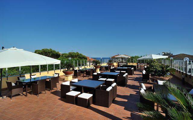 Hotel Raffy Terrasse