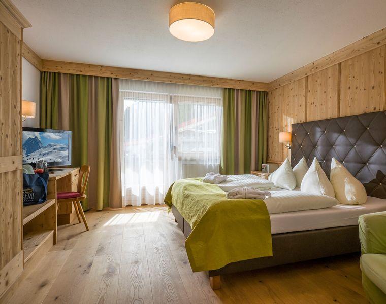 Doppel- & Einzelzimmer: Doppelzimmer Hochzillertal