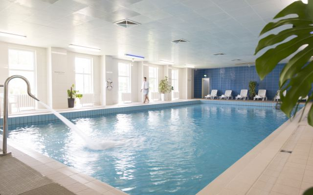 innen-pool-hotel-altenberg-neu