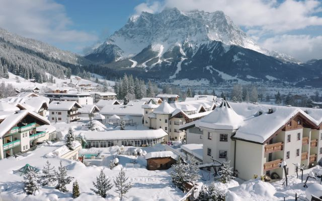 Familienurlaub im Familienhotel Alpenrose in Lermoos, Tirol