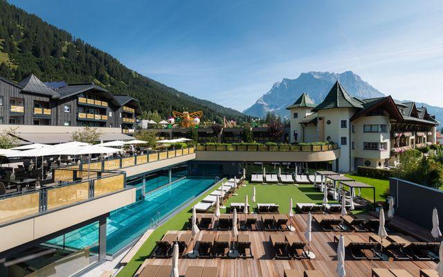 Hotelansicht Alpenrose