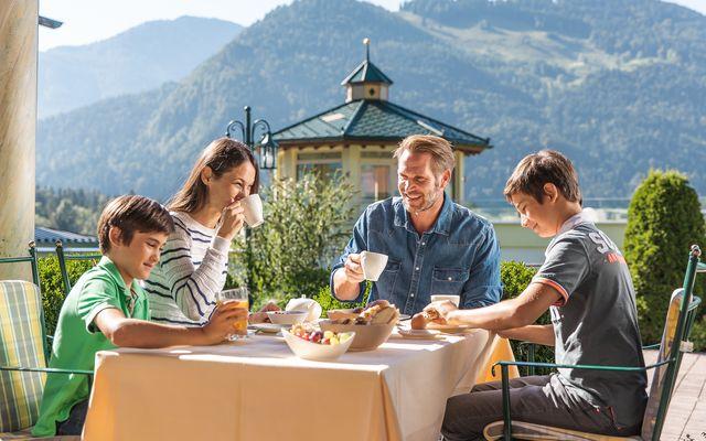 Frühstück mit der Familie