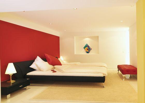 Romance - Gaia Hotel
