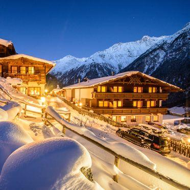 Winter, Grünwald Grand Chalet in Sölden, , Tirol, Österreich