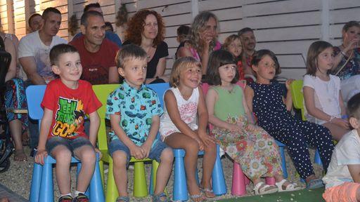 Kinder sind fantastische Gäste für das Familotel La Baia in Ligurien.