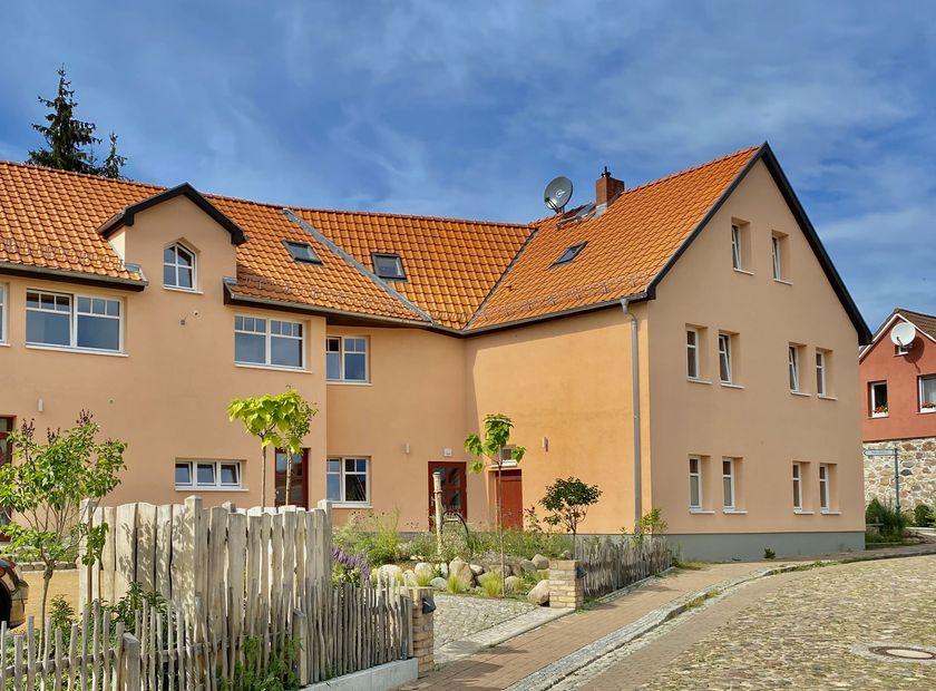 BIO HOTEL Fastenhof Behm: Hof - Bio-Fastenhof Behm, Flecken Zechlin, Brandenburg, Deutschland