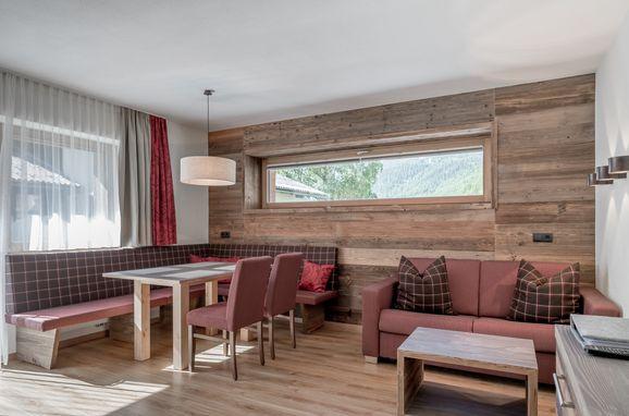 Wohn-Essbereich, Appartement Rettenbach 3 in Sölden, Tirol, Tirol, Österreich