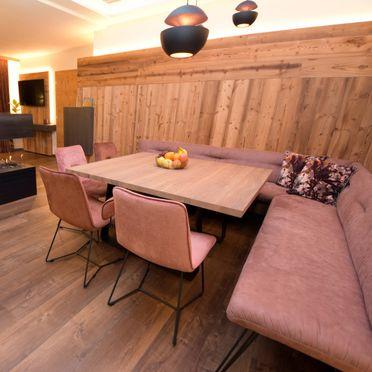 Esstisch , Deluxe Suite Goldreh in Kaltenbach im Zillertal, Tirol, Tirol, Österreich