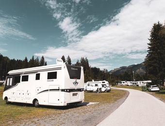 Posto auto incl. Auto con roulotte / mobile / tenda - Bruggerhof – Camping, Restaurant, Hotel