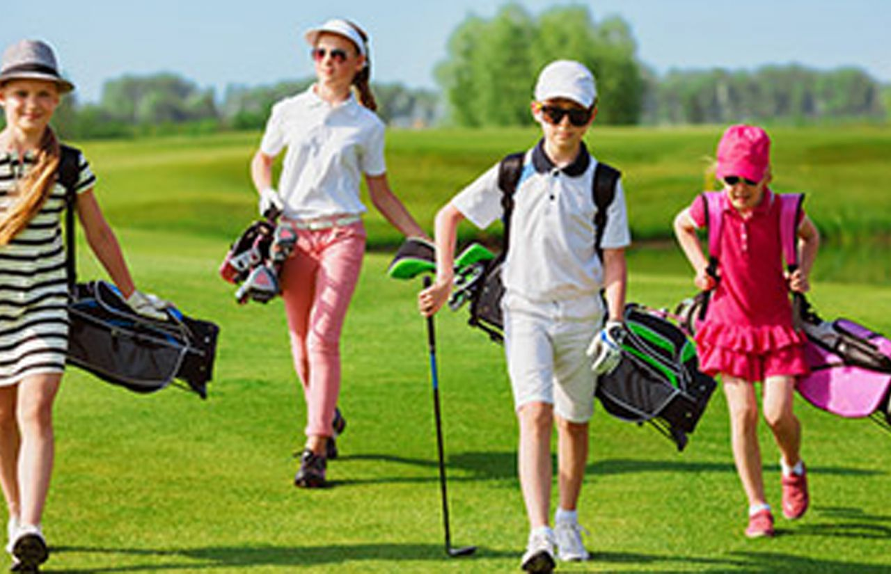 2-kinder-golfplatz.jpg