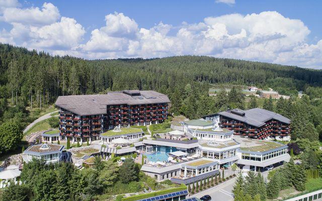 Aussenansicht -  Familienhotel Vier Jahreszeiten am Schluchsee