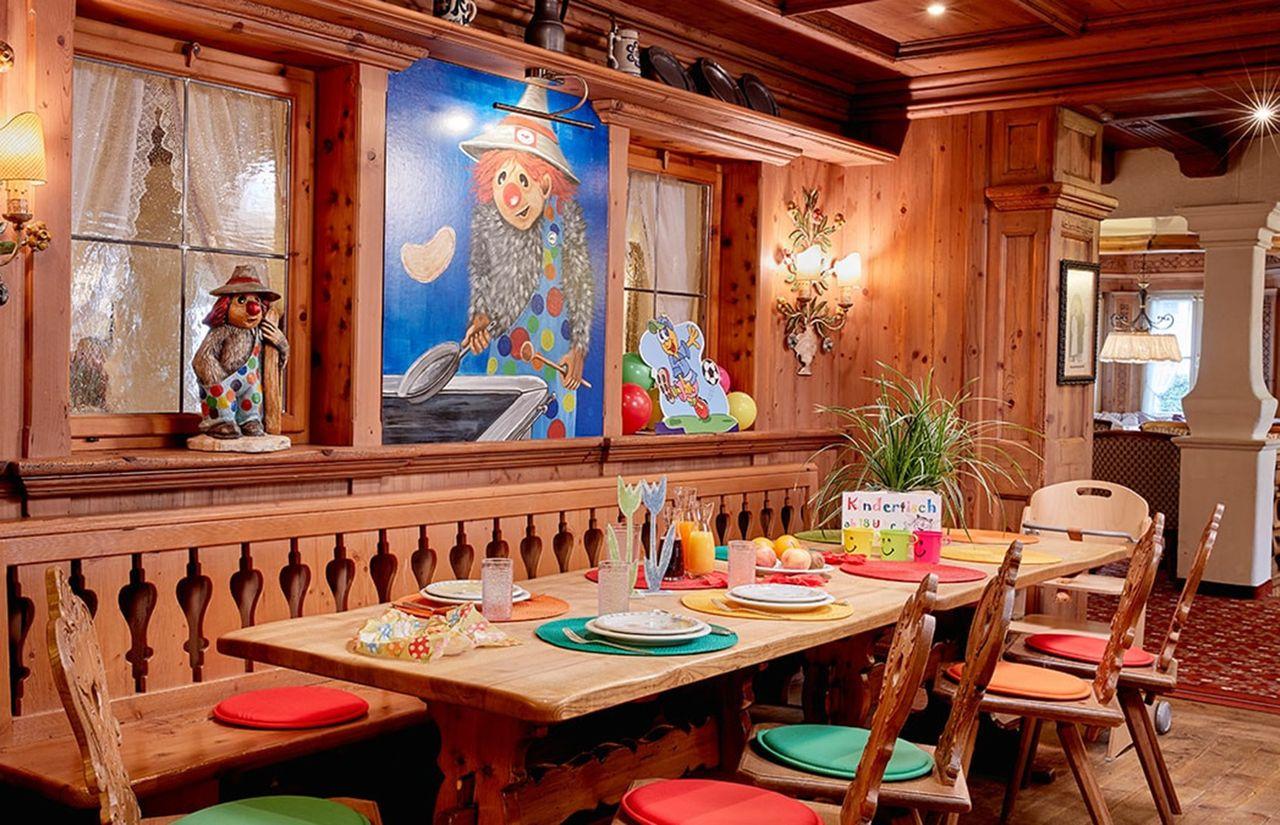 Restaurant_Kindertisch.jpg