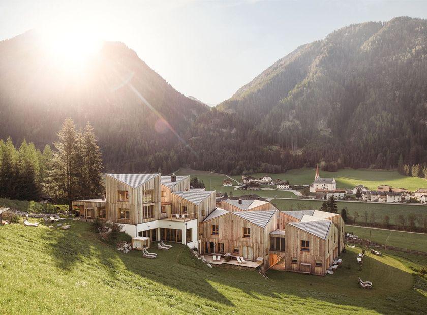 Biohotel Blaslahof: Außenbereich Morgengruß Sonne - Blasla Hof, Gsies, Südtirol, Trentino-Südtirol, Italien