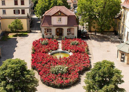 Biohotel Schloss Kirchberg: Hof von oben - Biohotel Schloss Kirchberg, Kirchberg an der Jagst, Baden-Württemberg, Deutschland