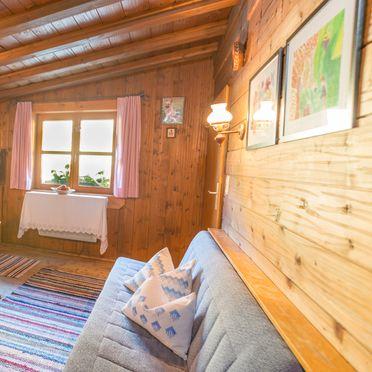 Wohnbereich mit Küche, Chalet Mondstein, St. Sigmund im Sellrain, Tirol, Österreich