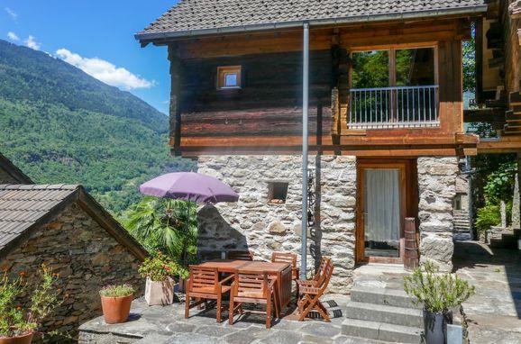 Outside Summer 1 - Main Image, Rustico Casa Luna, Malvaglia, Tessin, Ticino, Switzerland