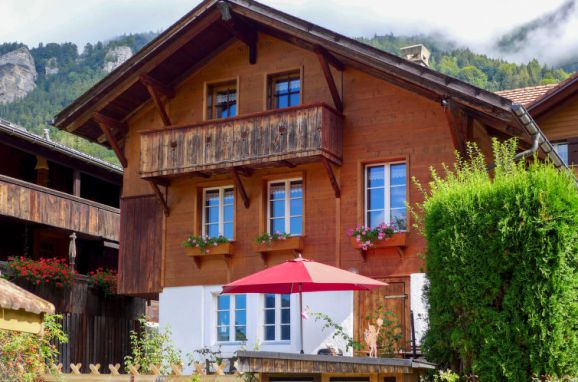 Außen Sommer 1 - Hauptbild, Ferienchalet Hüsli, Brienzwiler, Berner Oberland, Bern, Schweiz