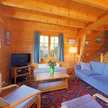 "Innen Sommer 4, Chalet ""Zan Fleuron"" in den Waadtländer Alpen, Gryon, Waadtländer Alpen, Waadt, Schweiz"