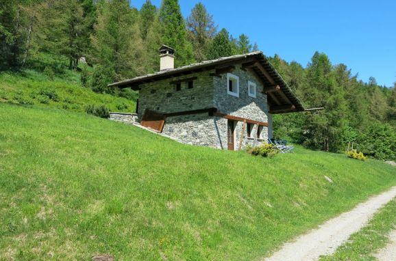 Außen Sommer 1 - Hauptbild, Rustico Pra Viei, Sampeyre, Piemonte-Langhe & Monferrato, Piemont, Italien