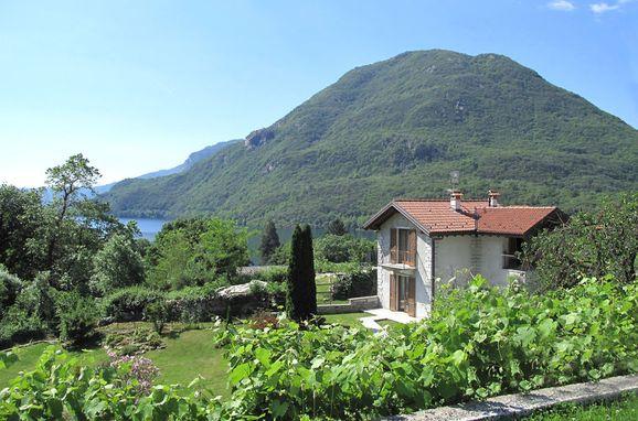 Outside Summer 1 - Main Image, Rustico Iride, Mergozzo, Lago Maggiore, Piemont, Italy