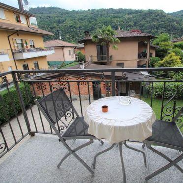 Innen Sommer 4, Villa Carmen, Brissago Valtravaglia, Lago Maggiore, Lombardei, Italien