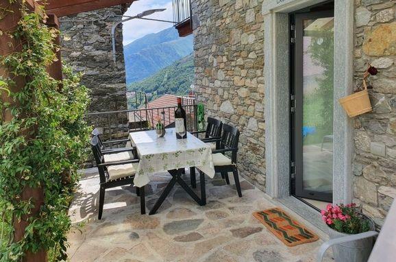 Außen Sommer 1 - Hauptbild, Rustico Marcello, Gravedona, Comer See, Lombardei, Italien