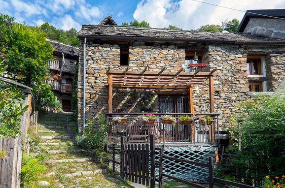 Outside Summer 1 - Main Image, Rustico il Gianlupo, Bognanco, Lago Maggiore, , Italy