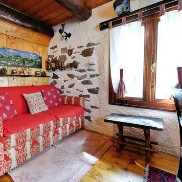 Innen Sommer 5, Rustico il Gianlupo, Bognanco, Lago Maggiore, Lombardei, Italien