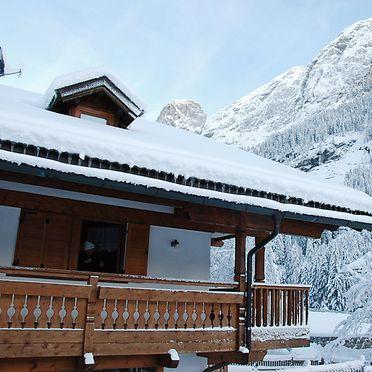 Außen Winter 39, Chalet Cesa Galaldriel, Canazei, Dolomiten, Trentino-Südtirol, Italien