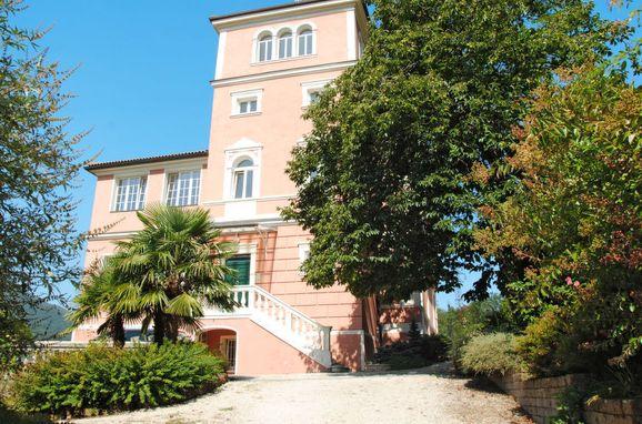 Outside Summer 1 - Main Image, Villa la Perla del Lago, Lago di Caldonazzo, Trentino-Südtirol, Alto Adige, Italy