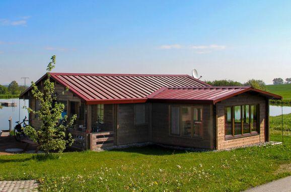 Außen Sommer 1 - Hauptbild, Chalet Dettenberg, Uttenweiler, Bodensee, Baden-Württemberg, Deutschland